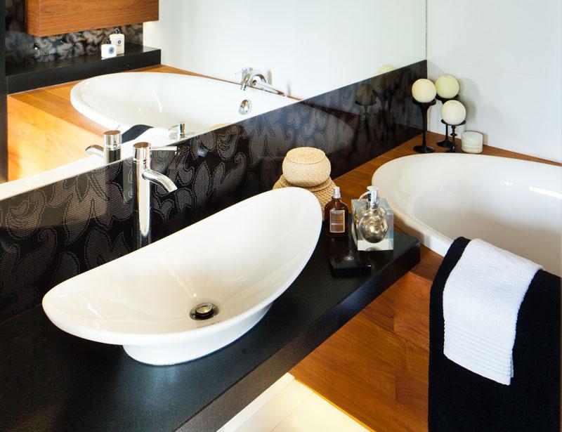 рукомойник в ванной комнате фото